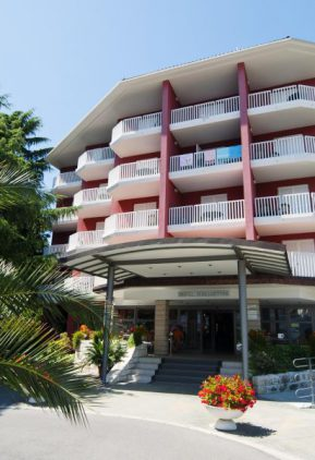 Готель San Simon